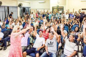 A data-base é abril e a presidente da entidade, Márcia Rute Daniel Augusto, diz que não quer morosidade nas negociações, nem respostas atrasadas da Prefeitura