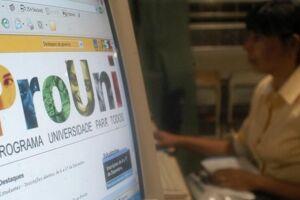 A inscrição é feita exclusivamente pela internet, no site do ProUni