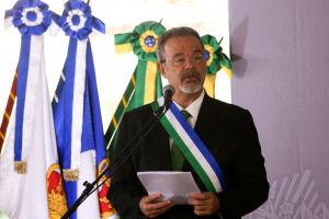 Raul Jungmann afirmou que os mandados coletivos não serão 'carta branca' para Forças Armadas