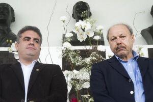 Menos de dois meses após tomarem posse no Santos, o presidente do clube, José Carlos Peres, e o vice, Orlando Rollo, não se entendem