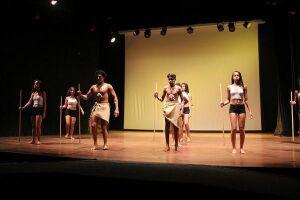 A Prefeitura Municipal de Guarujá, por meio da Secretaria de Cultura (Secult), disponibiliza 90 vagas para cursos gratuitos de música, teatro e artesanato