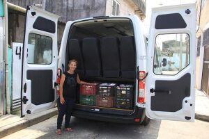 'Van da Solidariedade' entrega 535 kg de alimentos para as entidades