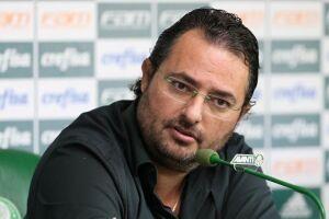 Dirigente mostrou certa insatisfação com o futebol apresentado contra o Corinthians.