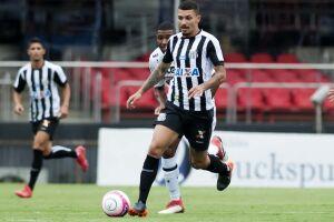 Após seis anos, a Umbro voltará a vestir os atletas do Santos