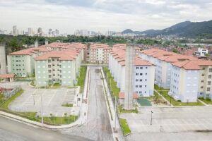Foram construídas 400 unidades de um total de 1060 moradias do Projeto Enseada