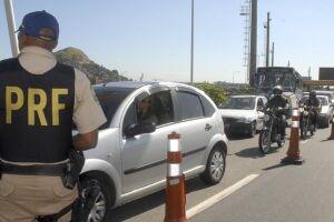 A Polícia Rodoviária Federal (PRF) registrou 249 acidentes graves e 87 óbitos nas rodovias federais desde a última sexta-feira (9)
