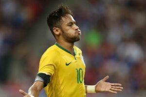 Patrocinadores da CBF estão incomodados pelo fato de não poderem usar a imagem de Neymar em suas campanhas publicitárias que têm como tema a seleção brasileira