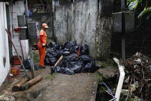 Prefeitura recolheu 8 toneladas de lixo durante a ação