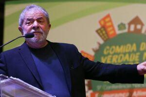 A Odebrecht apresentou supostos e-mails sobre a compra de terreno para o ex-presidente Lula