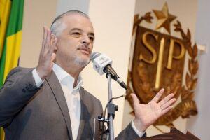 Márcio França (PSB) admitiu que concorrerá com algum candidato tucano em outubro