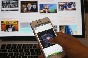 Principalmente as crianças apresentam um vício preocupante em celulares, tablets etc.