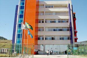 Concurso da Prefeitura de Guarujá é suspenso pelo TCE