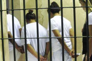 A medida vale somente para detentas que aguardam julgamento e que não tenham cometido crimes com uso de violência