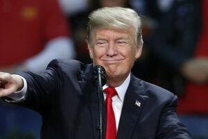 Trump critica Democratas por apoiarem programa de saúde e cita Reino Unido