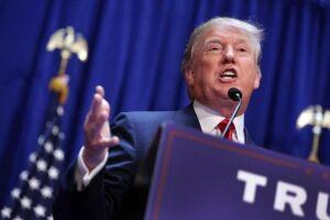 Donald Trump liberou a divulgação de um relatório da Comissão de Inteligência da Câmara, que aponta vícios na investigação do FBI sobre as eleições de 2016