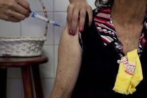 A Avenida Nove de Abril recebeu um posto de vacinação volante contra a febre amarela