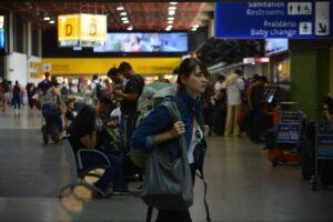 A Infraero informou que, com o objetivo de manter a qualidade dos serviços no feriado, incluindo a pontualidade dos voos, intensificará os trabalhos das equipes de segurança e de operações
