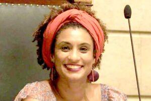 Marielle foi assassinada na quarta-feira, por volta das 20h, com quatro tiros na cabeça