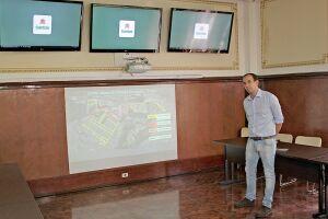 O prefeito Paulo Alexandre Barbosa durante a apresentação do projeto