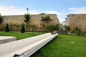 O Cemitério Municipal fica na Avenida Ministro Marcos Freire, 3377, no Bairro Antártica