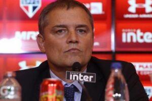 O São Paulo, do técnico Diego Aguirre, vai enfrentar o Atlético-PR