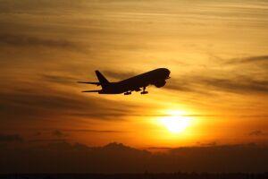 MPF está apurando a conduta das companhias aéreas diante de atos obscenos e crimes sexuais durante voos