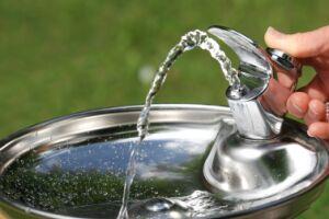 Por ano, o consumo médio dos brasileiros está na casa dos 56.210 litros