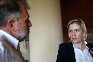 A presidente do CNDH, Fabiana Severo, fala do acompanhamento das investigações do assassinato de Marielle Franco e Anderson Pedro Gomes