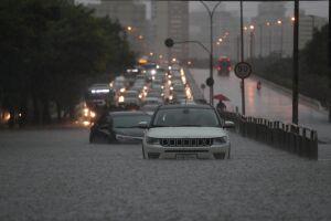 rês pessoas morreram por consequências da chuva -?uma criança, uma idosa e um segurança