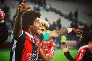Dante defende o Nice, clube no qual desembarcou no início da temporada 2016-17. É o capitão do time francês e um dos líderes dentro de campo