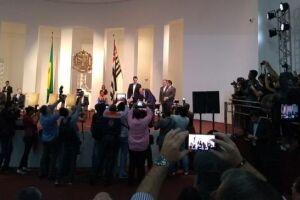 Para oficializar o recebimento desses recursos, o secretário adjunto de Saúde do Município, Sandro Abreu, participou de cerimônia realizada no Palácio dos Bandeirantes