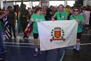A delegação de Santos esteve presente com seus 98 atletas que competem em sete modalidades