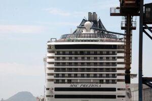 Ele desembarcou 3.818 turistas e recebeu 4.159 para roteiro de três noites em Florianópolis