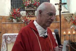 O padre Júlio Lancellotti, coordenador da Pastoral do Povo, é conhecido na cidade por sua atuação em defesa dos moradores de rua.