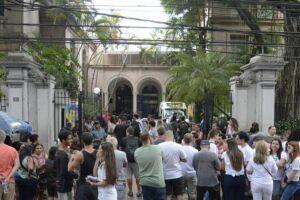 Bolsas de estudo permitirão que refugiados estudem em universidade no Rio de Janeiro