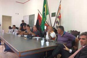 Os estivadores de Santos e o Sopesp negociam convenção coletiva de trabalho