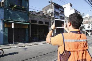 A Prefeitura já notificou 10% do total de proprietários dos 111 imóveis da região Central, que foram vistoriados em força-tarefa realizada em fevereiro