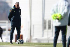 O técnico Tite chamou Ismaily, do Shakhtar Donetsk (Ucrânia) -desconhecido pela maioria dos torcedores