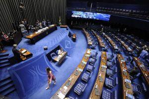 Meirelles explicou, nesta quarta-feira, que o governo não pretende mudar a forma como a Petrobras define os preços, baseada na cotação internacional