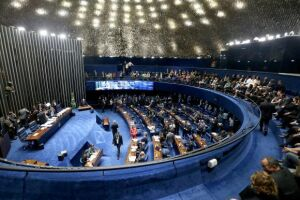A sessão do plenário do Senado desta quarta-feira (28) foi tomada por um debate em torno do ataque a tiros à caravana que levava o ex-presidente Luiz Inácio Lula da Silva