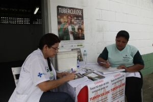 O tratamento da tuberculose tem duração de, no mínimo, seis meses