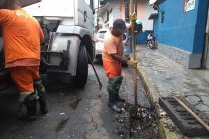 Trabalho de reparo foi realizado em diversas vias públicas