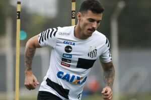 O lateral esquerdo Zeca está perto de assinar contrato com o Corinthians