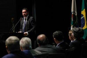 Dyogo Oliveira defendeu a atuação do banco em áreas em que não há recursos de financiamento disponíveis