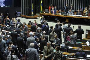 Deputados defendem que o tema da prisão em segunda instância também seja discutido na Câmara