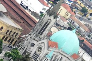 Catedral, no Centro de Santos.