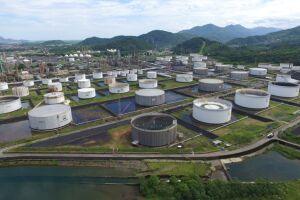 Com o polo industrial, Cubatão foi a cidade que mais recebeu repasses no mês e no acumulado do ano