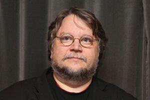 O cineasta mexicano Guillermo Del Toro aparece na lista.