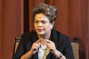 Dilma tentou visitar o ex-presidente Lula, preso na PF desde o dia 7 de abril
