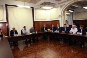 Na reunião, os empresários também apresentaram uma proposta para o projeto